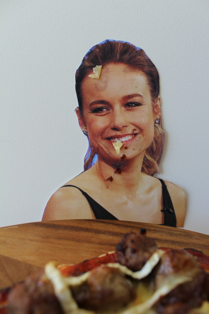 turkey-brie-larson-pizza-2