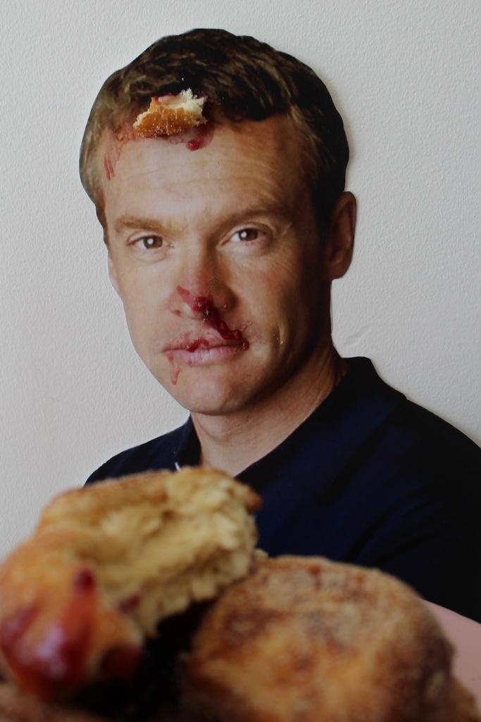 tate-doughnutvans-2