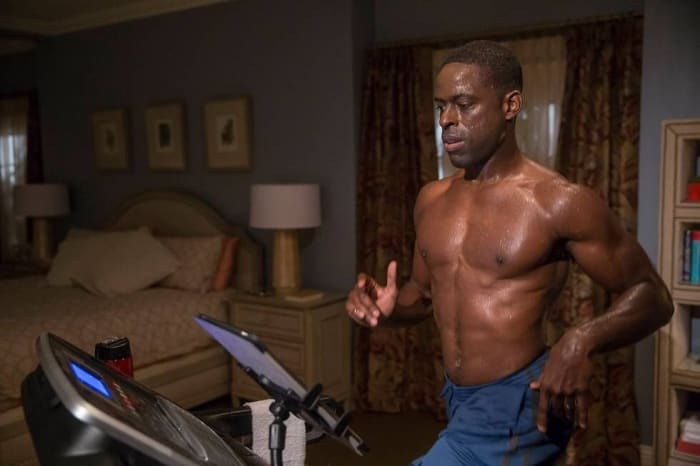 Sterling K. Brown looking beautiful in This Is Us.